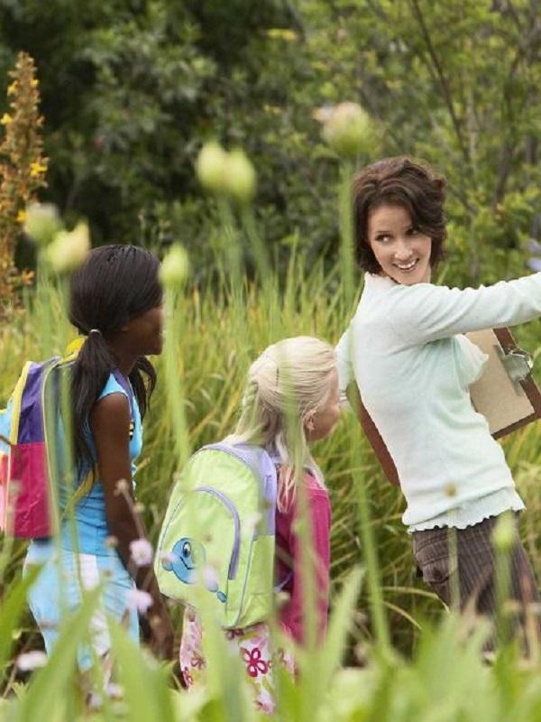 Un emprendedor promueve educación ambiental y ecología con el proyecto 'la huerta de la armonía' en Biel