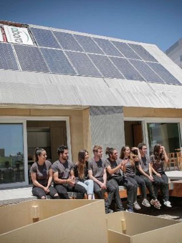 Estudiantes de UPV rediseñan una barraca valenciana