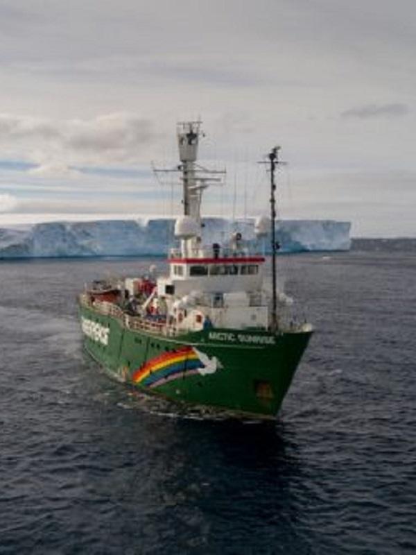 Greenpeace y APDR reiteran la necesidad de que se declare definitivamente nula la prórroga de ENCE-Pontevedra