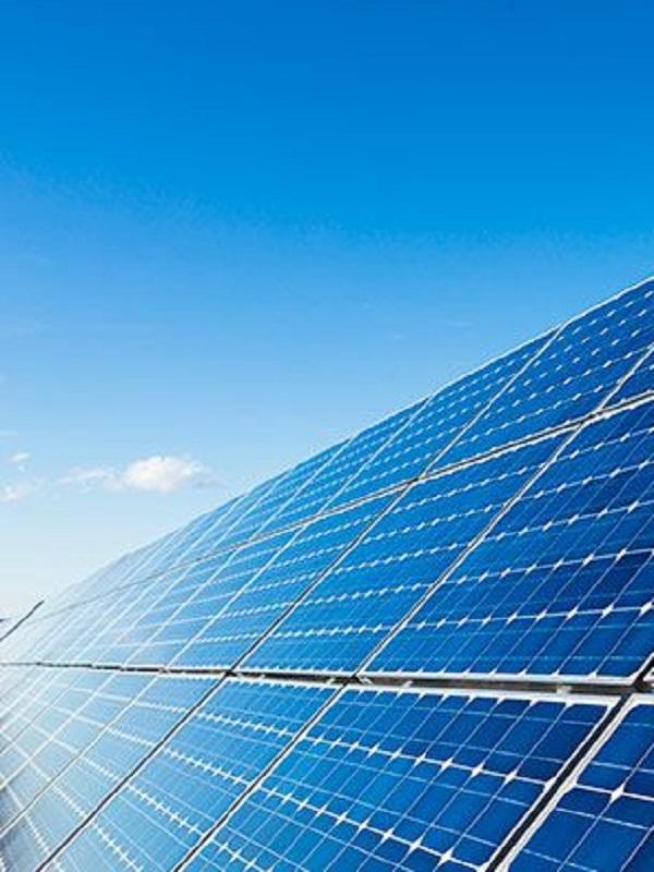 FAEN recibe equipos de energía solar térmica y fotovoltaica