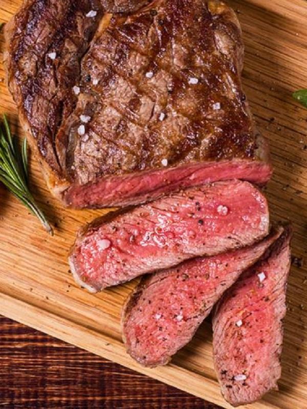 Ojito al consumir carne roja