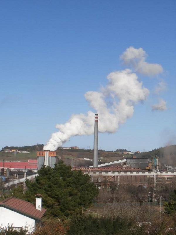 Asturias. Hasta lloviendo se dispara la contaminación en Langreo