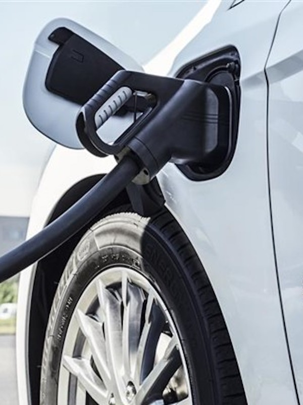 La demanda de coches eléctricos aumenta un 85% en Europa en mayo