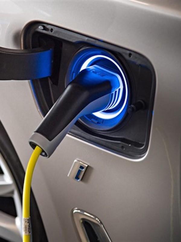 Berkeley inicia la exploración de minerales en España para la fabricación de baterías y coches eléctricos