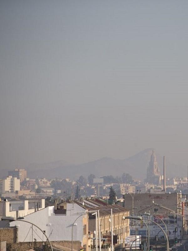 La población de Murcia respiró aire contaminado ininterrumpidamente en 2018