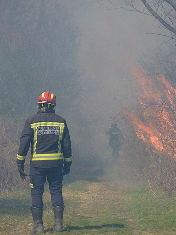 Ola de calor sin precedentes en Catalunya con riesgo de incendios forestales