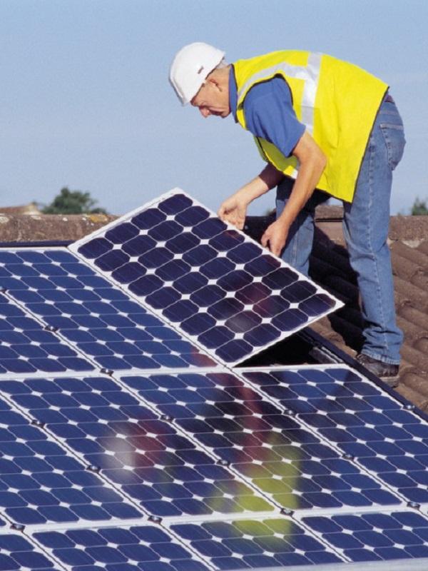 El Ayuntamiento de Rincón de la Victoria instala una planta solar de autoconsumo