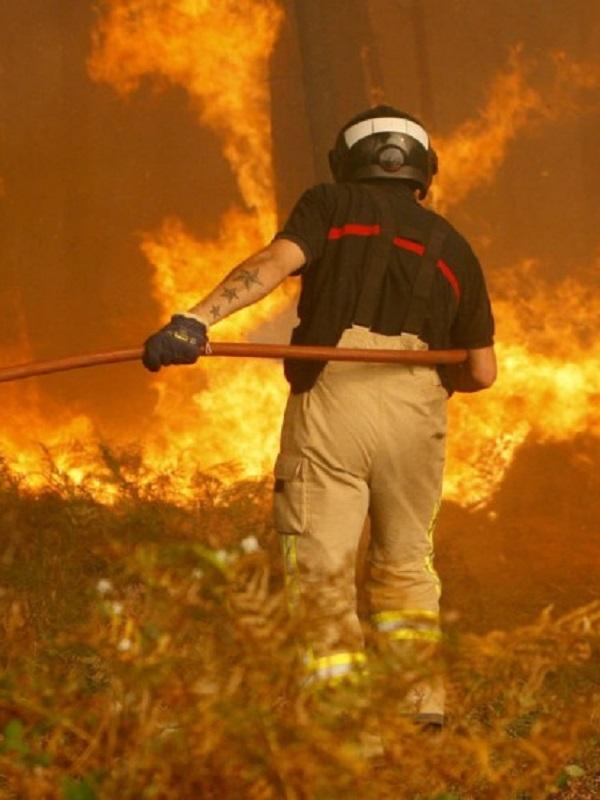 Proponen prisión permanente revisable para los pirómanos que provoquen incendios con víctimas mortales