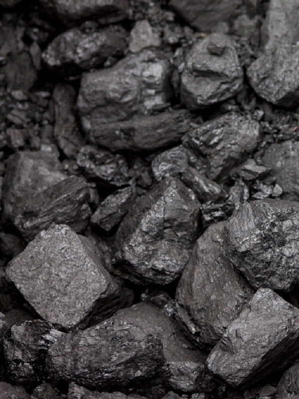 Mapfre se pone de perfil ante el contaminante carbón