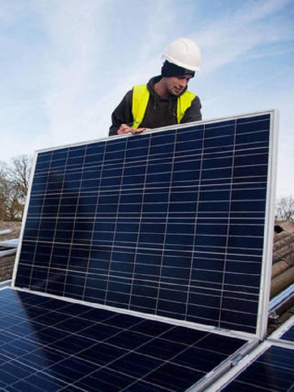 Región de Murcia otorga ayudas para adquirir e instalar placas fotovoltaicas en viviendas