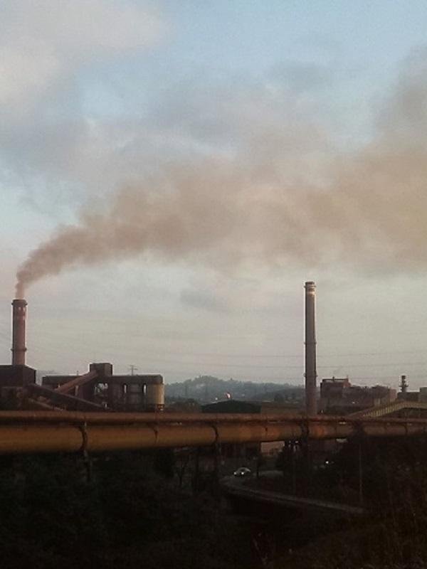 Dejar de llover y se vuelve a disparar la contaminación en Gijón