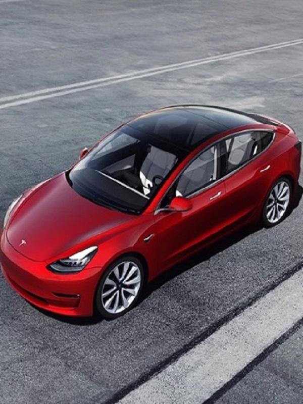 Tesla elige Barcelona para mostrar por primer vez el nuevo Model 3