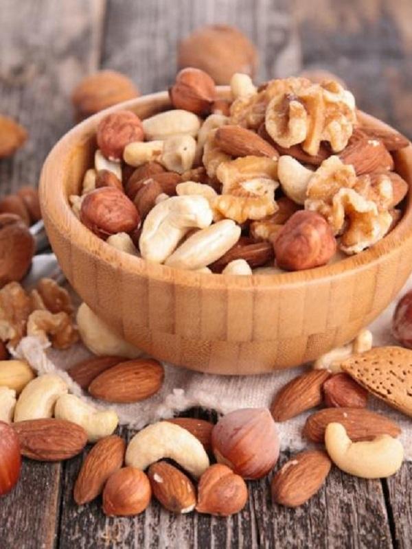 Los frutos secos en el embarazo se relacionan con mejor desarrollo neuropsicológico