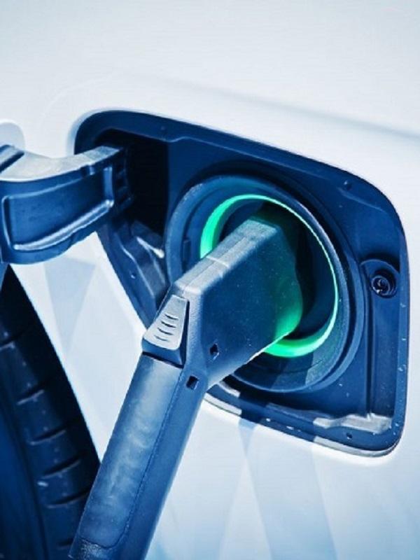 La Comunidad Valenciana convoca los 6,28 millones de ayudas al coche eléctrico del Moves