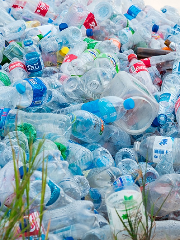 Más Madrid propone tasa verde contra plásticos