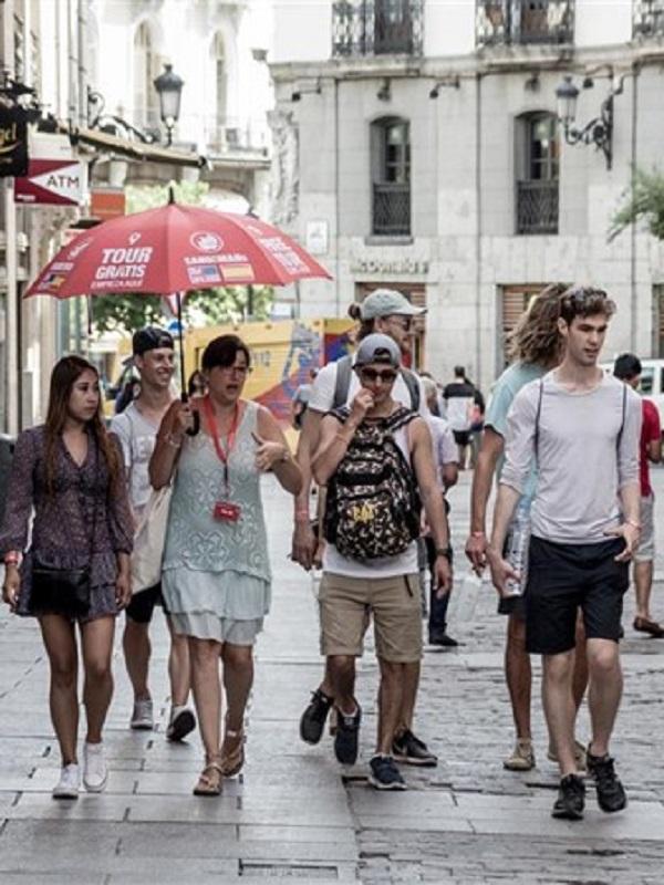 Aumentan los excursionistas extranjeros en España