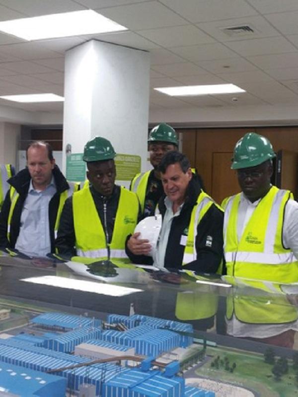 Una Delegación de la República Democrática del Congo visita el Complejo Mediombiental de Sogama (Galicia)