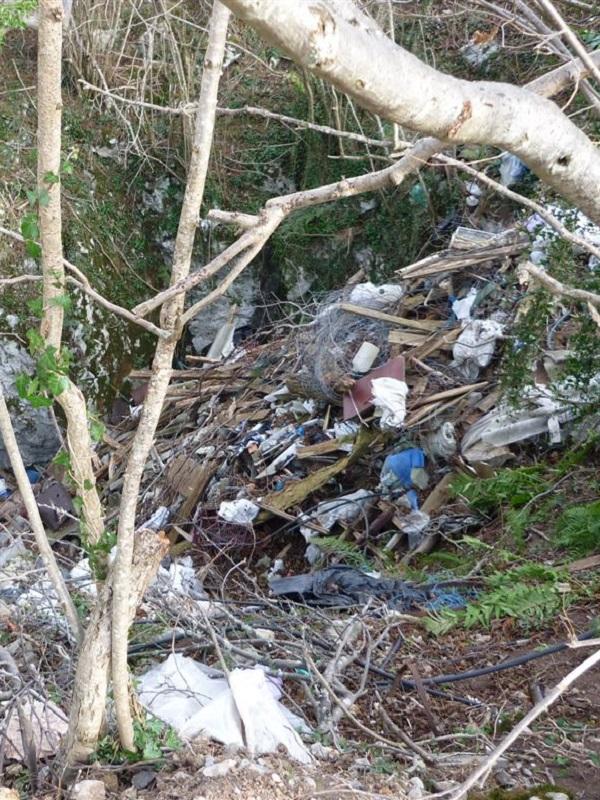 Asturias. La Fiscalía investiga un vertedero de residuos ilegal en Tineo