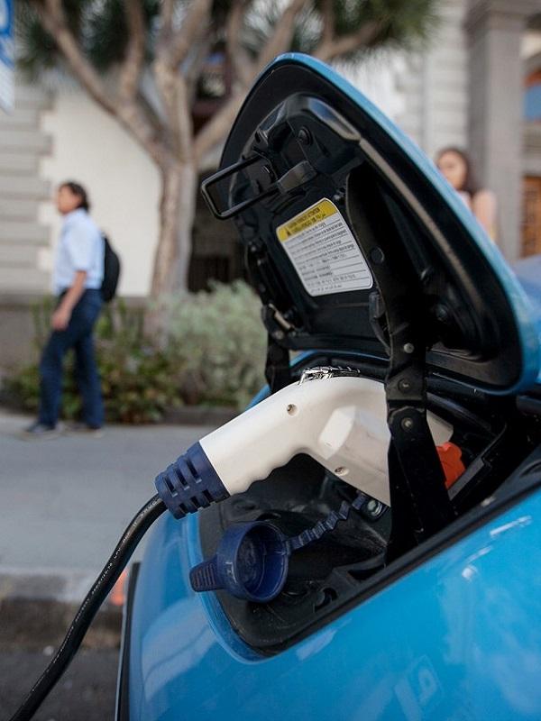 Badajoz será la primera provincia peninsular con una Red Provincial Pública de Puntos de Recarga de vehículos eléctricos