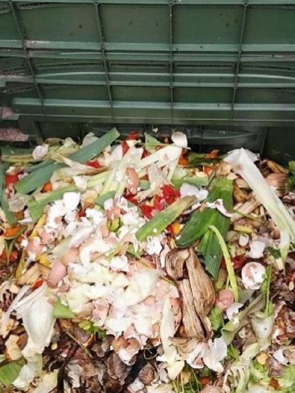 Boiro se suma al programa de compostaje doméstico de Sogama