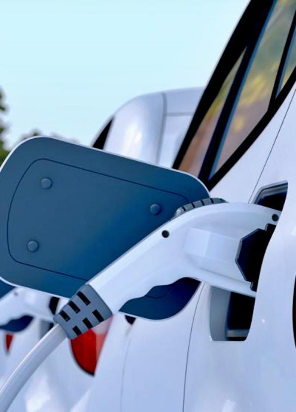 España tiene una buena noticia: Dos millones de coches eléctricos en 2040