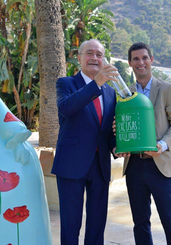 Ecovidrio organiza una exposición urbana por el reciclaje de vidrio en Málaga