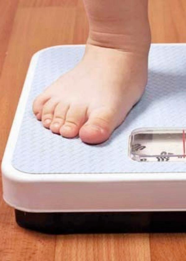 Los españoles 'gordos' es la perspectiva de nuestro país si no se toman medidas 'tajantes'