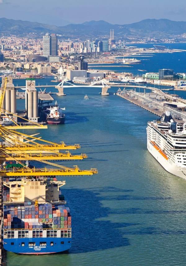 El Puerto de Barcelona da un 'pasito' adelante en la reducción de CO2