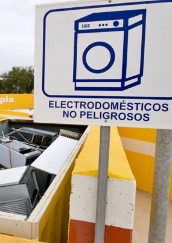 Murcia incrementará los puntos de reciclaje selectivo con una red de ocho economiparques