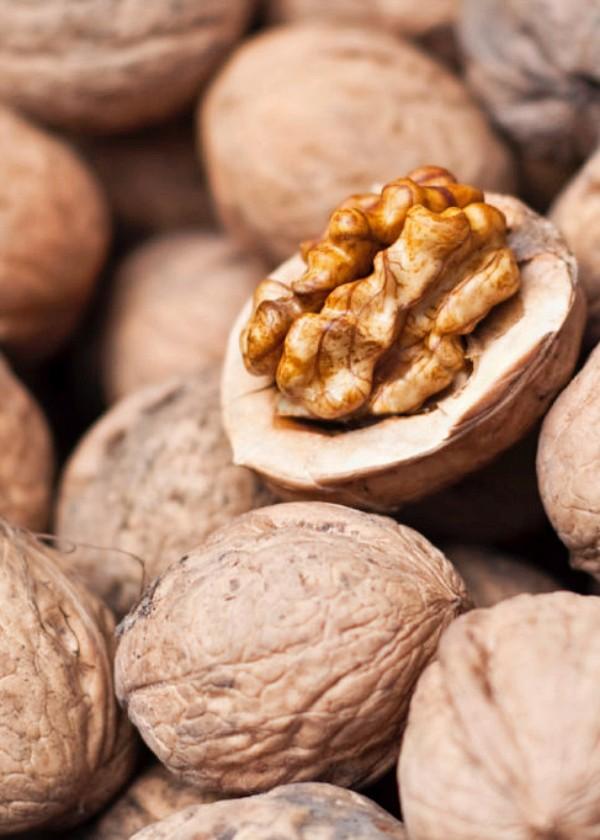 Las nueces mejoran la salud de tu colón