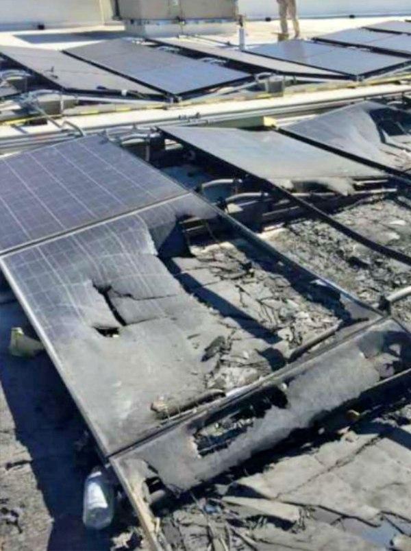 Duelo de 'gigantes': Walmart demanda a Tesla por el incendio de sus paneles solares
