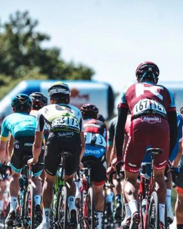 Cullera y la Diputación de Valencia apoyan el reciclaje de bombillas en la salida de la Vuelta Ciclista