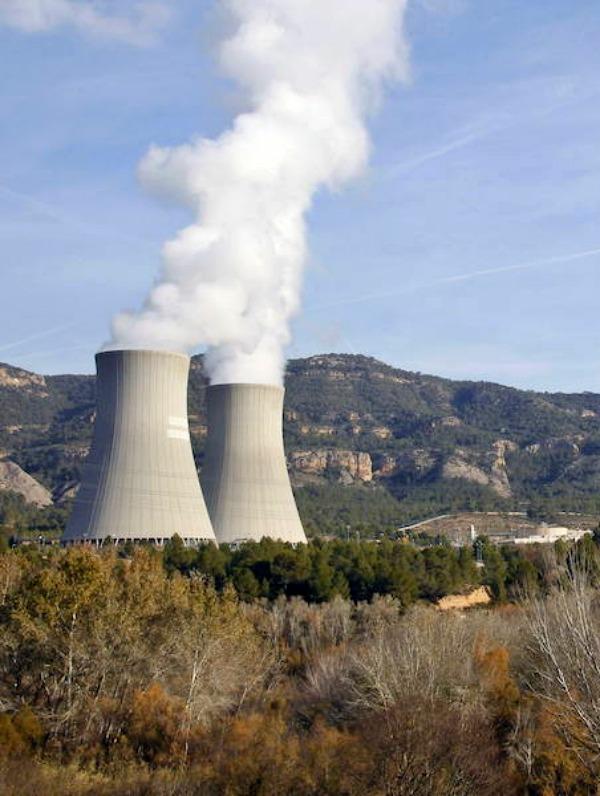 Proponen al próximo Gobierno que suba al menos un 200% la tasa nuclear para que el desmantelamiento lo paguen las grandes eléctricas