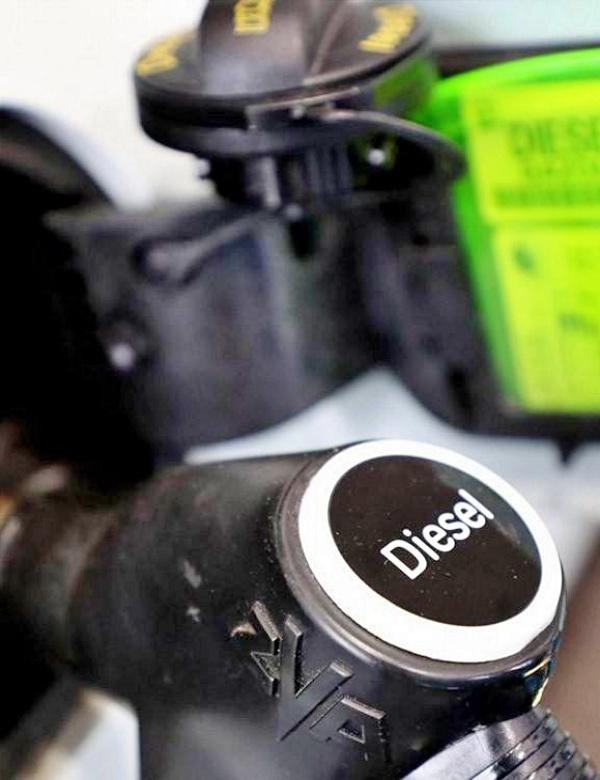 El Tribunal de Justicia de la Unión Europea afirma que no se puede detener a políticos para obligarles a prohibir los coches diésel