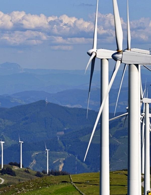 Los vientos se 'confabulan' a favor de la energía eólica