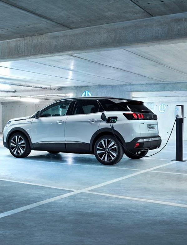 Peugeot se prepara para la comercialización de su gama híbrida enchufable
