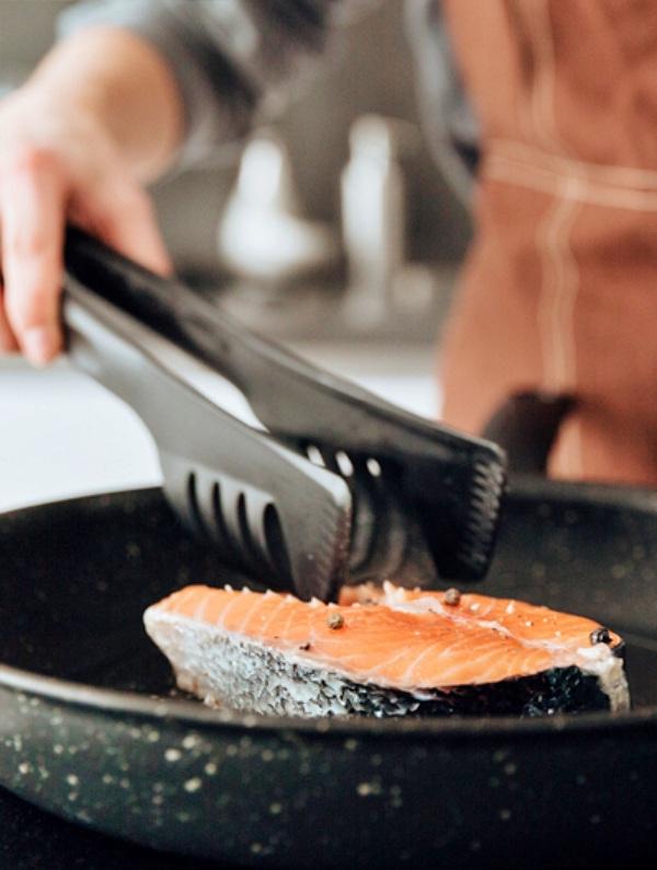 Comer menos carne y solo pescado 'de temporada' es una buena idea para luchar contra el cambio climático