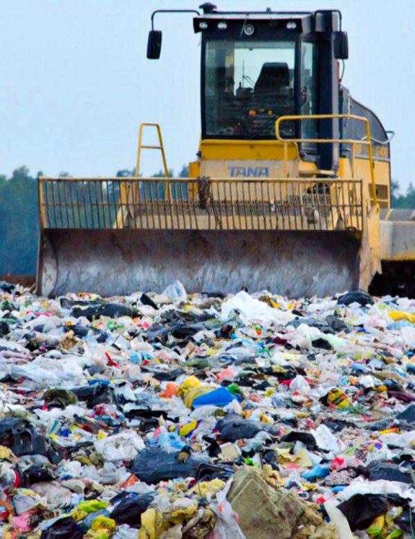 El Real Decreto de vertederos del Gobierno socialista no soluciona el problema del vertido de residuos
