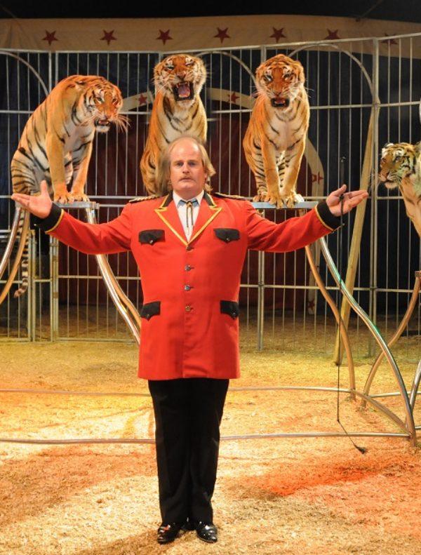 Denuncian al 'Circo Zoorprendente'