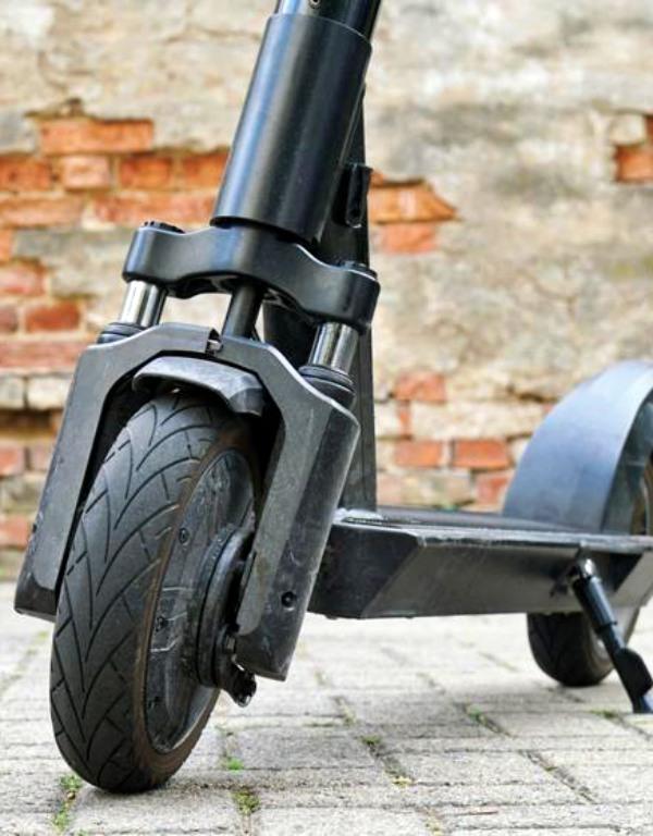 Todas empresas de patinetes eléctricos de Madrid incumplen la normativa