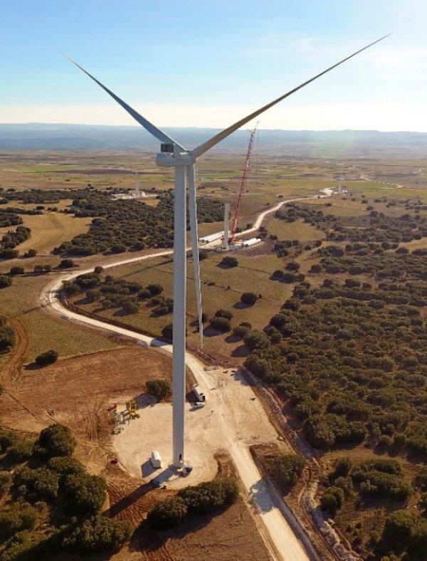 Arranca el mayor parque eólico de Aragón
