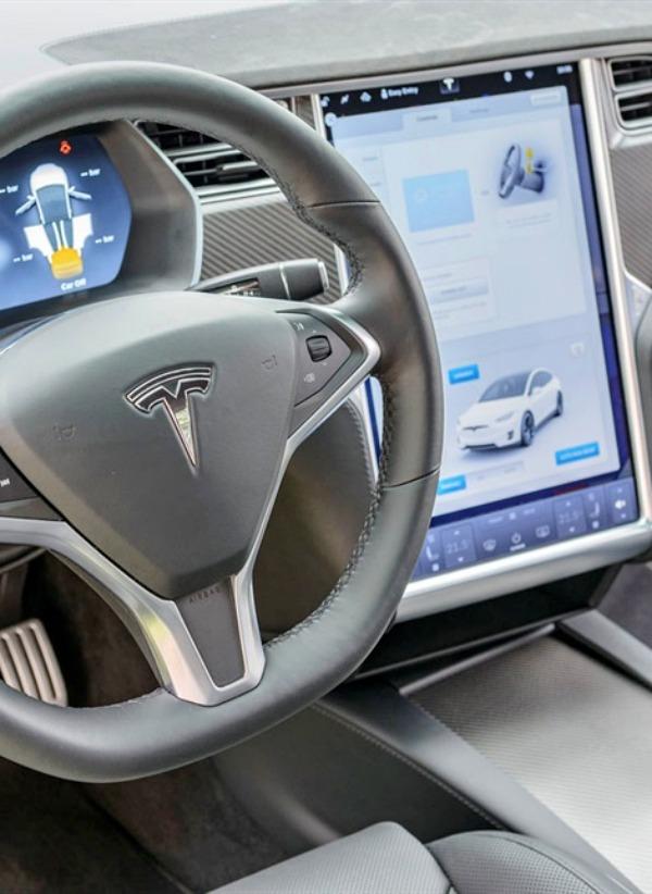 Volkswagen, BMW y Daimler, todos contra TESLA para arrebatarle el mercado de los eléctricos de alta gama