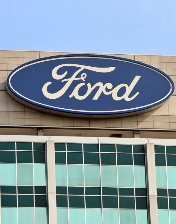 Ford venderá más coches eléctricos que diésel o gasolina en Europa en 2022
