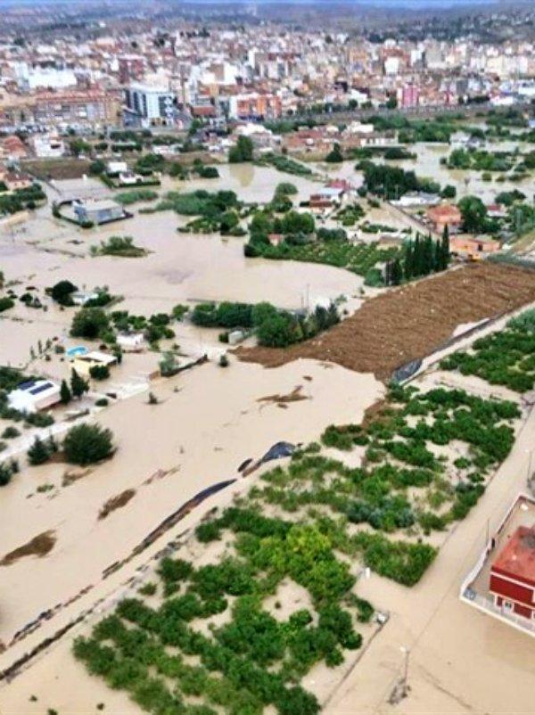 Murcia 'anegada' por la lluvias
