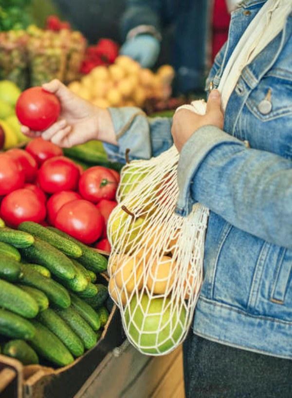 Los consumidores de frutas y hortalizas dan preferencia a los envases sostenibles