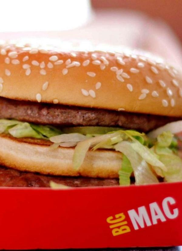 McDonald's, Burger King y KFC 'miran hacia otro lado' en los incendios del amazonas