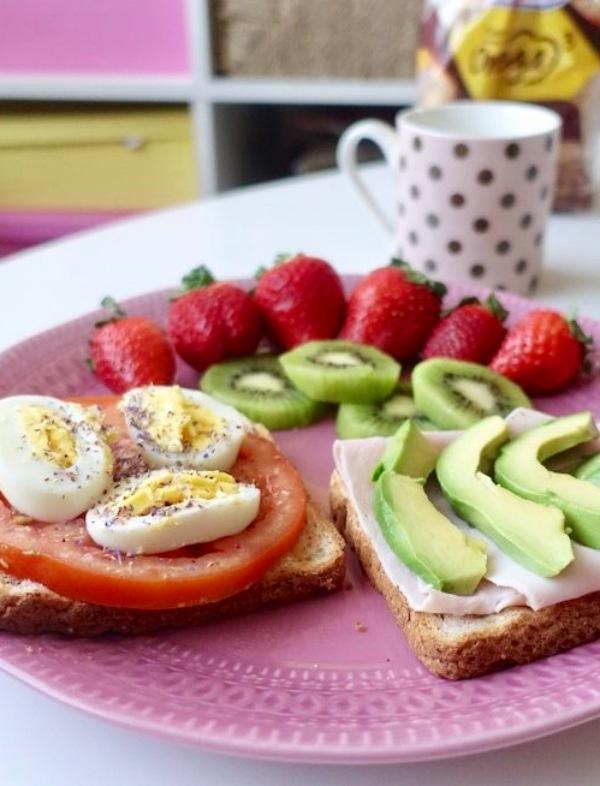 ¿El huevo antes que la gallina?, ¿dieta o alimentos saludables?