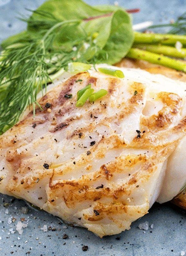 Incluye en tu dieta pescado blanco a finales de verano cuando está en periodo de desove, tu salud te lo agradecerá