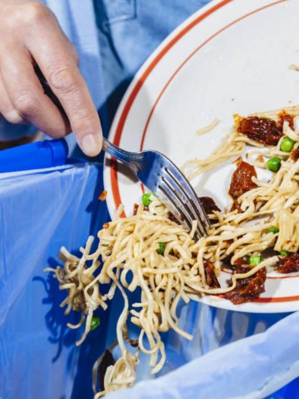 Desperdicio alimentario: 'blanco y en botella'