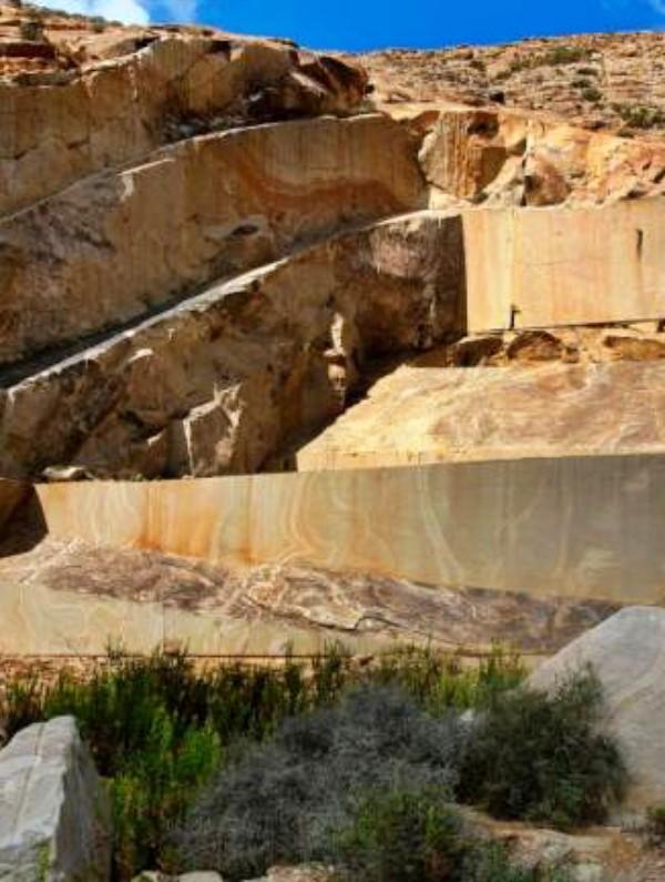 Canarias. Celebran que se desista del proyecto de Chillida para Tindaya e instan a proteger y poner en valor de la Montaña